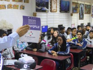 Se dan pláticas para crear conciencia en los jóvenes