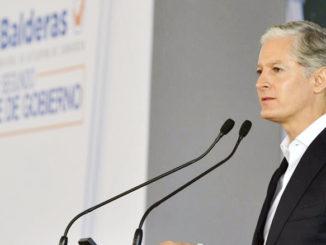 El gobernador aseguró que es su prioridad garantizar la integridad de las mujeres