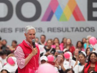 También han tomado cursos de capacitación más de 22 mil mujeres mexiquenses