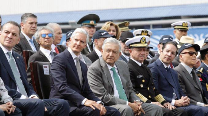 Destaca mandatario mexiquense el compromiso del Presidente Andrés Manuel López Obrador porque desde que inició su gestión hizo suyos los retos para que las fuerzas castrenses cumplan su tarea de recuperar la seguridad.