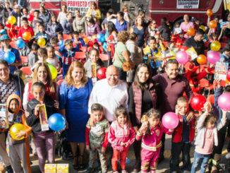 Raciel Pérez Cruz, presidente municipal de Tlalnepantla, dio inicio a las actividades en el Festival de la Niñez 2019.