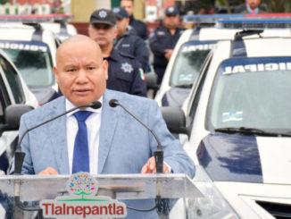 El gobierno de Tlalnepantla entregó unidades sedan, camionetas, motocicletas y cuatrimotos