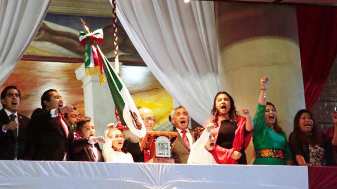 Raciel Pérez Cruz presenció la verbena popular que fue amenizada por cantantes, grupos musicales y show de luces