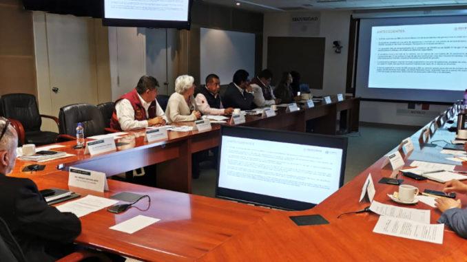 Realiza mesas de trabajo con los gobiernos estatal y federal, para diseñar las acciones de prevención en la zona.